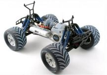 3D Printed Multi-Material Wheels on Toy Car Created on the Objet Connex